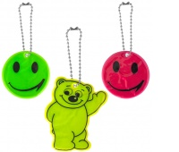 Set of reflective gadgets, 5 stickers + 3 key rings, pendant, assorted colours