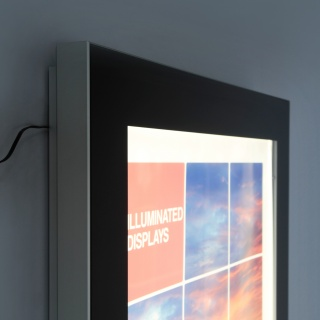 Gablota LED Premium, Systemy prezentacyjne, Prezentacja
