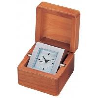 Zegarek kapitana Bestar jasna wiśnia, Zegary, Wyposażenie biura