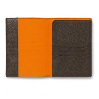 Etui na paszport marki Graf von Faber-Castell z kolekcji Cashmere Dark Brown, Portfele, Akcesoria osobiste