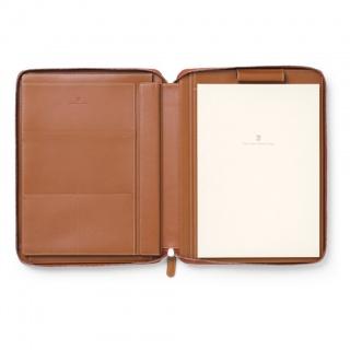 Notes A4 marki Graf von Faber-Castell z kolekcji Epsom Cognac z miejscem na tablet, Notatniki, Papier i galanteria papiernicza